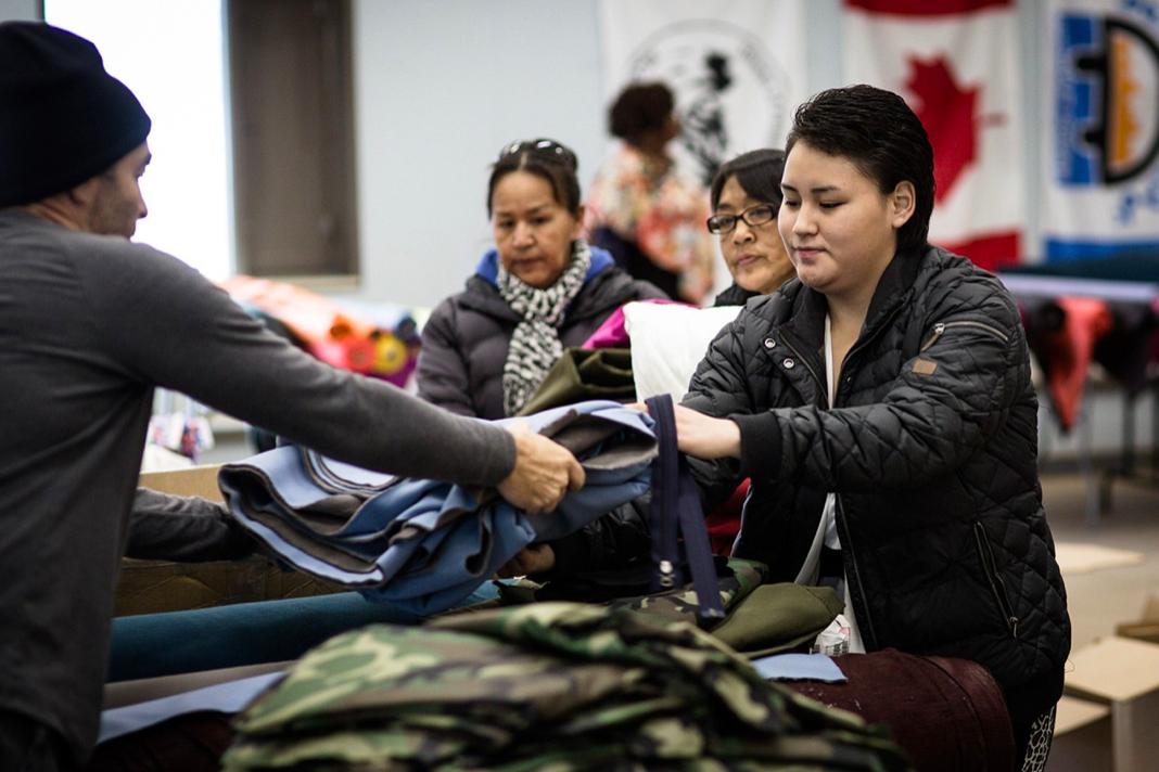 Canada goose resource centre - circle fashion