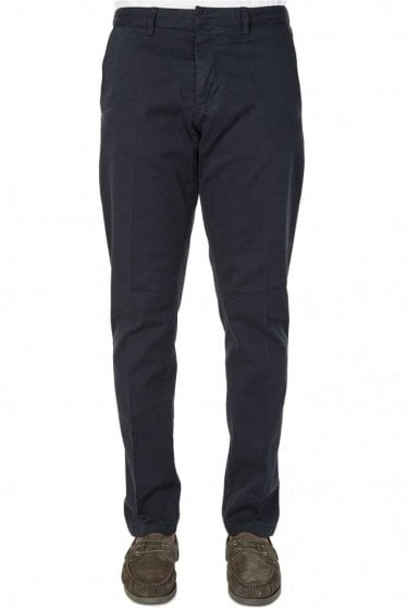 AMI Cotton Gabardine Chinos Navy