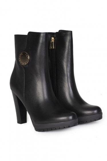 Emporio Armani Winter Leather Ankle Boots
